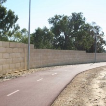 Gateway-graham-farmer-freeway-mandurah-noisewalls-limestone-screen-wall--MRWA-Main-Roads-WA-2.jpg