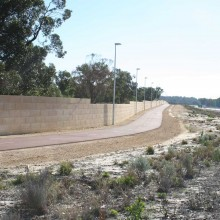 Gateway-graham-farmer-freeway-mandurah-noisewalls-limestone-screen-wall--MRWA-Main-Roads-WA-3.jpg