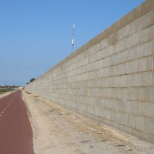 Gateway-graham-farmer-freeway-mandurah-noisewalls-limestone-screen-wall--MRWA-Main-Roads-WA-7.jpg