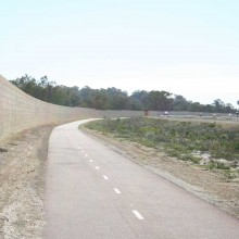 Gateway-graham-farmer-freeway-mandurah-noisewalls-limestone-screen-wall--MRWA-Main-Roads-WA-8.jpg